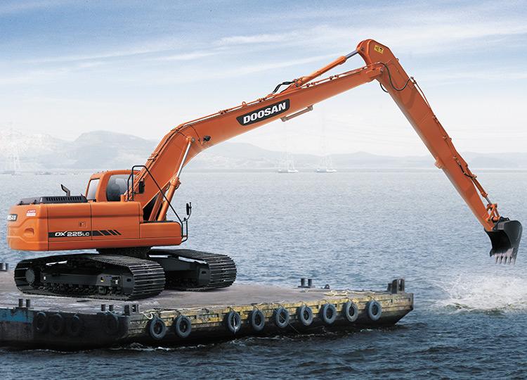 Doosan DX225LCA SLR с большим радиусом работ